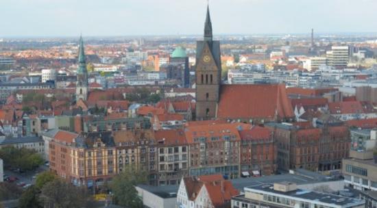 Hannover, Maschsee + Rathausturm