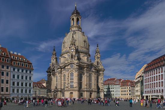 Dresden am sonnigen Wochenende